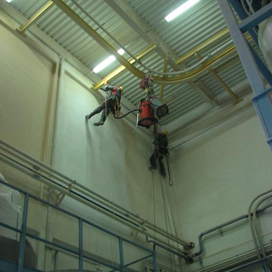 Referencje dotyczące prac remontowych hal.