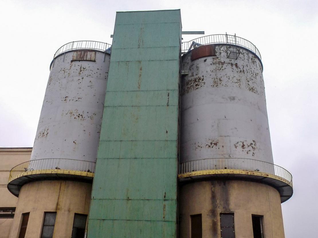 Wykonanie zabezpieczenia antykorozyjnego konstrukcji stalowych i żelbetowych